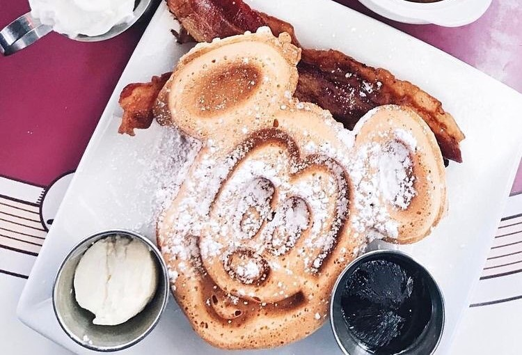 Celebrate 63 Years Of Disneyland By Drooling Over These 10 Theme Park Eats
