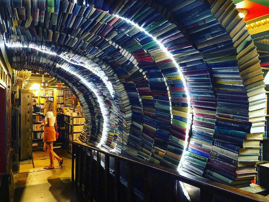Book Tunnel