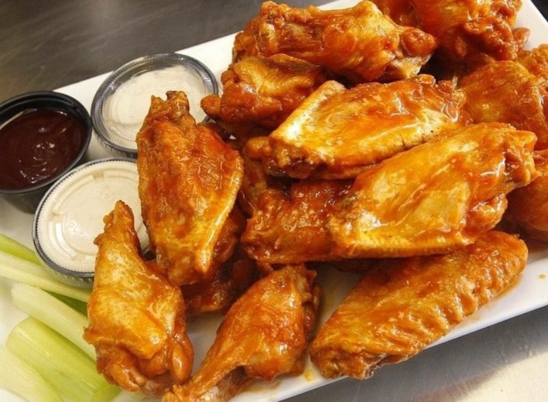 The New York Restaurant That Invented Buffalo Wings Is Opening Up Shop In Anaheim