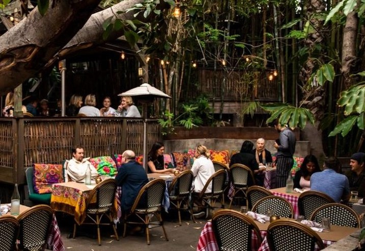 Eating At This Restaurant Feels Like Dining Inside Of A Fancy Treehouse • Cliff's Edge