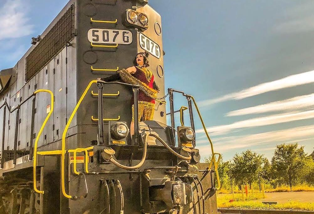Harry Potter Fans In The Market For A Road Trip Can Hop Aboard A Wine-Fueled Murder Mystery Train Ride